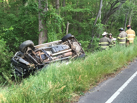 Single vehicle accident – Hwy  20 | The Journal Online